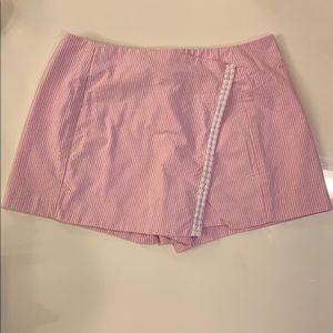 Lilly Pulitzer Pink and White Seersucker Skort- 0